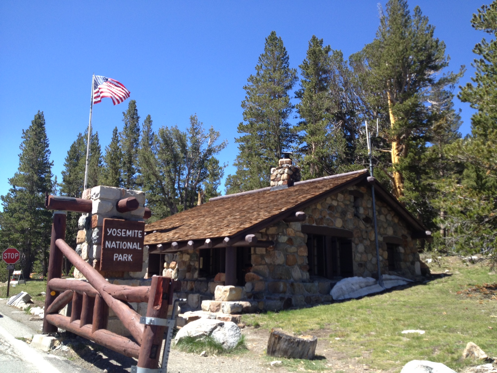 park in home cabins yosemite pinterest rentals and national pin vacation redwoods